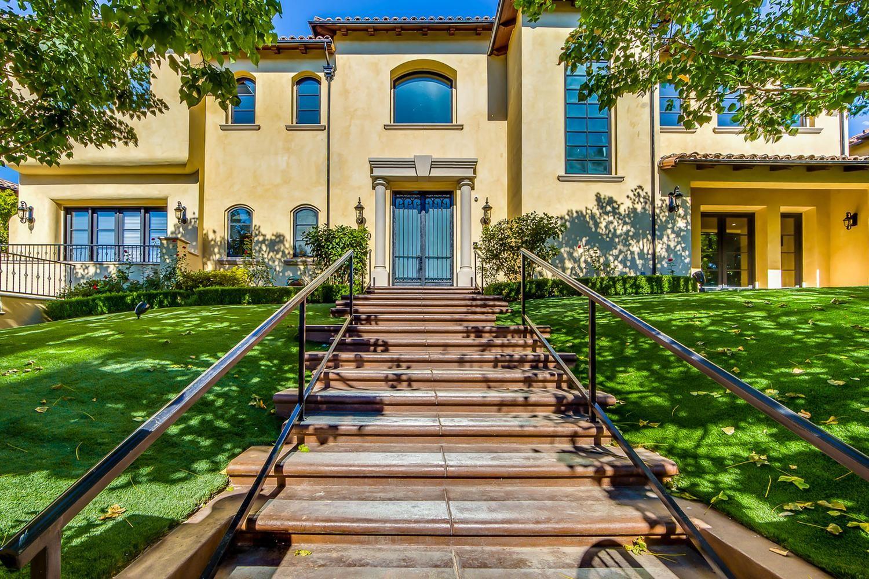 Chris Paul's Mediterraneanstyle Bel Air Mansion in 2020