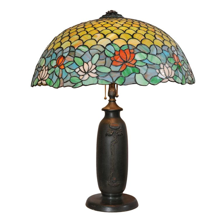 United States Circa 1910 This Impressive Large Leaded Glass Lamp Was Executed By The Chicago Mosaic Company Glass Table Lamp Leaded Glass Lamp