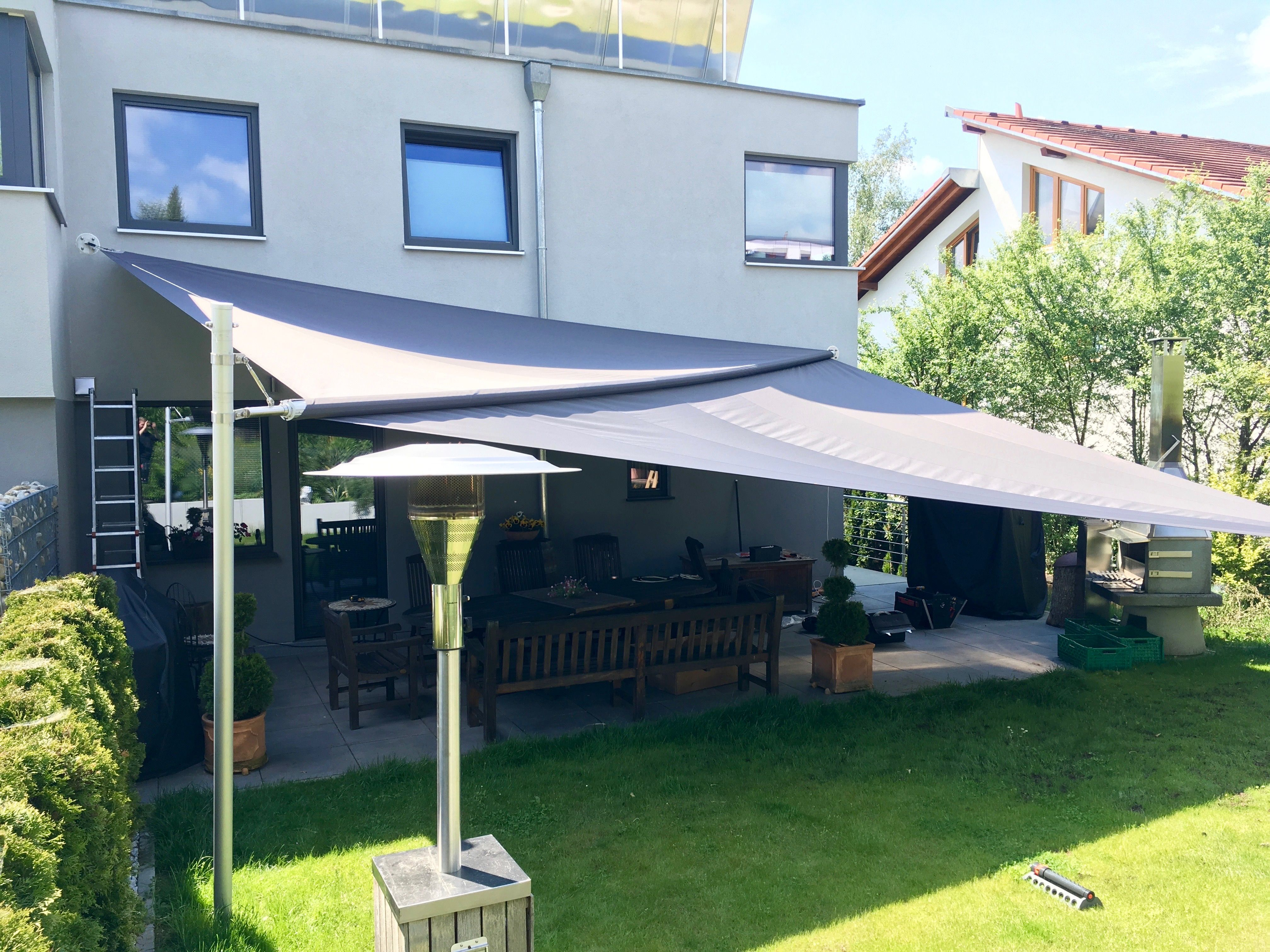 fl chen bis zu 85 m2 k nnen mit einem automatisch aufrollbaren sonnensegel soliday c von ferobau. Black Bedroom Furniture Sets. Home Design Ideas