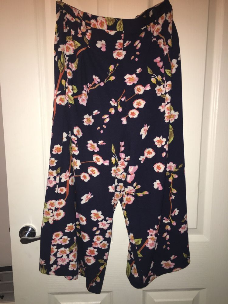 db2a94550f8 Ladies Floral Atmosphere Primark Culotte Size 14 3 4 Trousers  fashion   clothing