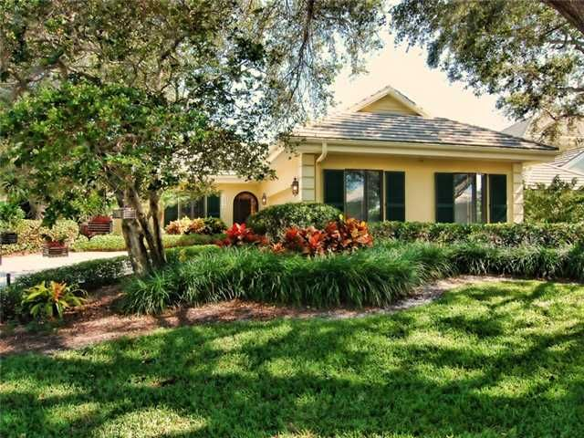 Absolutly Perfect Very Spacious Custom Single Family Home With Three Beds And Four Baths