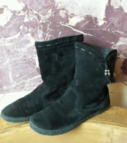 63.12$  Buy here - http://vihqc.justgood.pw/vig/item.php?t=c9atzx3231 - UGG Australia LAURIN Suede Leather WaterResistant ShortShaft Boots Black Sz 10