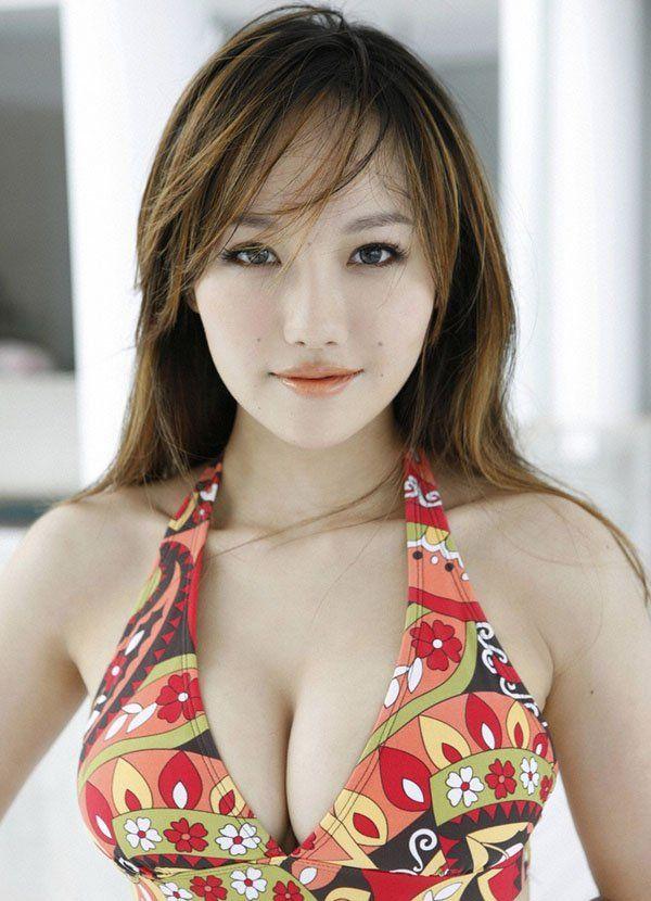 Supermodel Japanese big tit