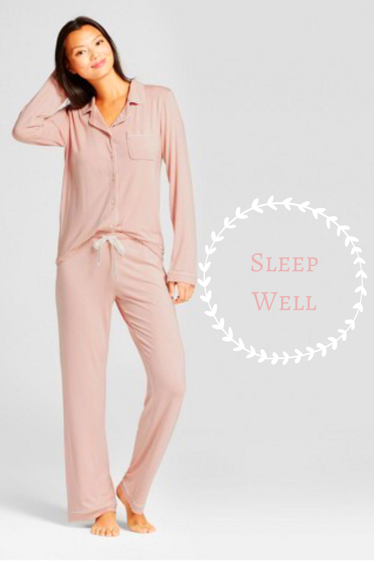 8e76645c6da These pjs looks amazingly soft and comfortable! I want these ...