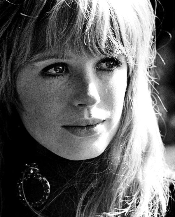 Marianne Faithful
