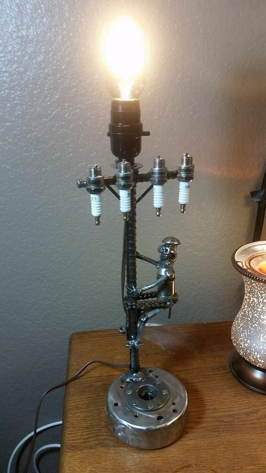 electrical lineman lamp metal art nuts and bolts kunst pinterest diy und selbermachen. Black Bedroom Furniture Sets. Home Design Ideas