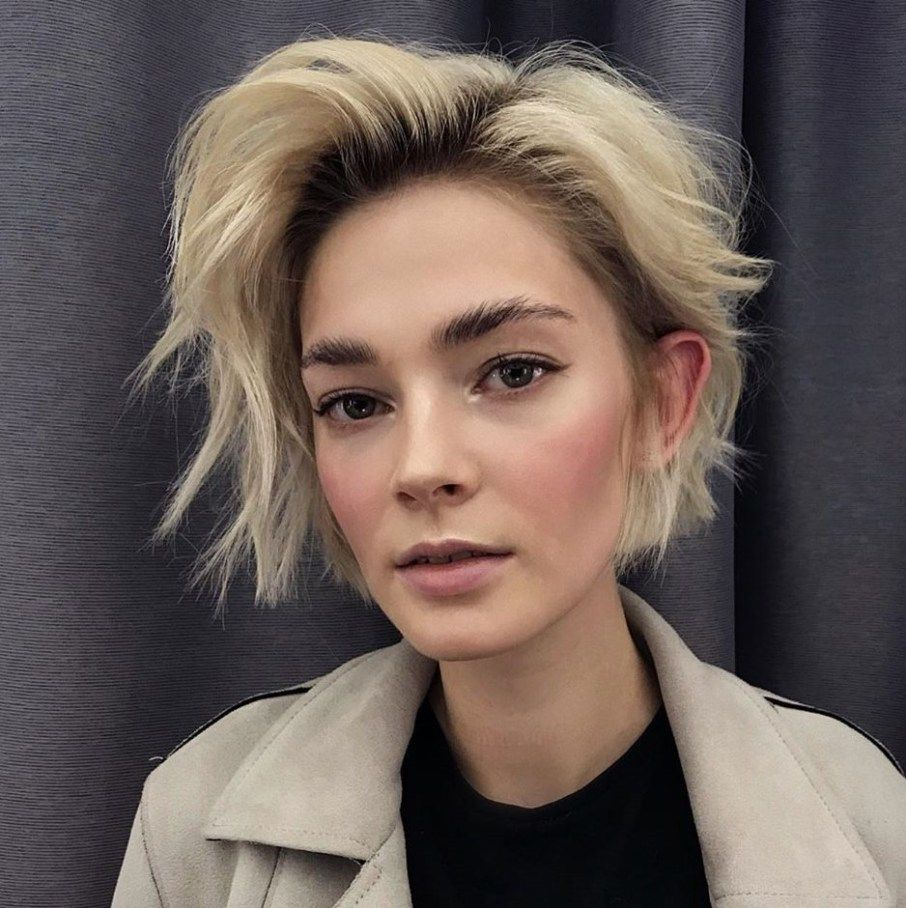 10 Super Flattering Haircuts for Oval Faces - Hair Adviser in 10