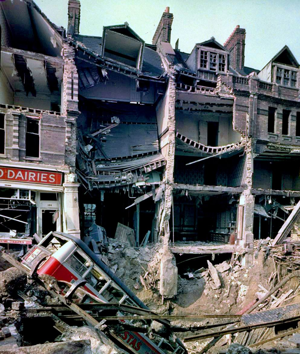 Bus In A Bomb Crater 1940 Balham London London Blitz World
