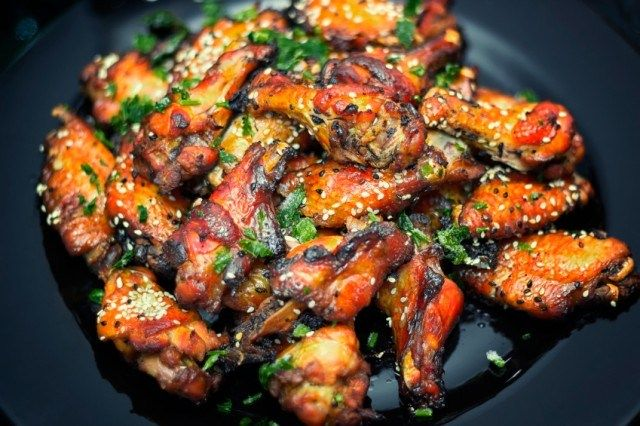 Follow one of these 7 recipes for mouth-watering chicken wings.