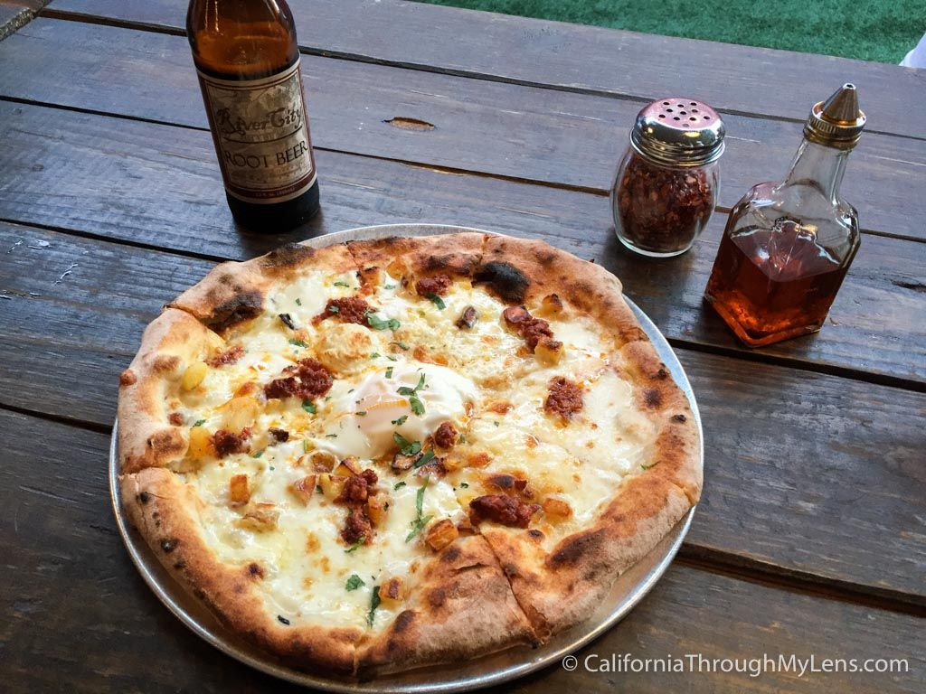 The Federalist Public House Best Pizza I Have Ever Eaten
