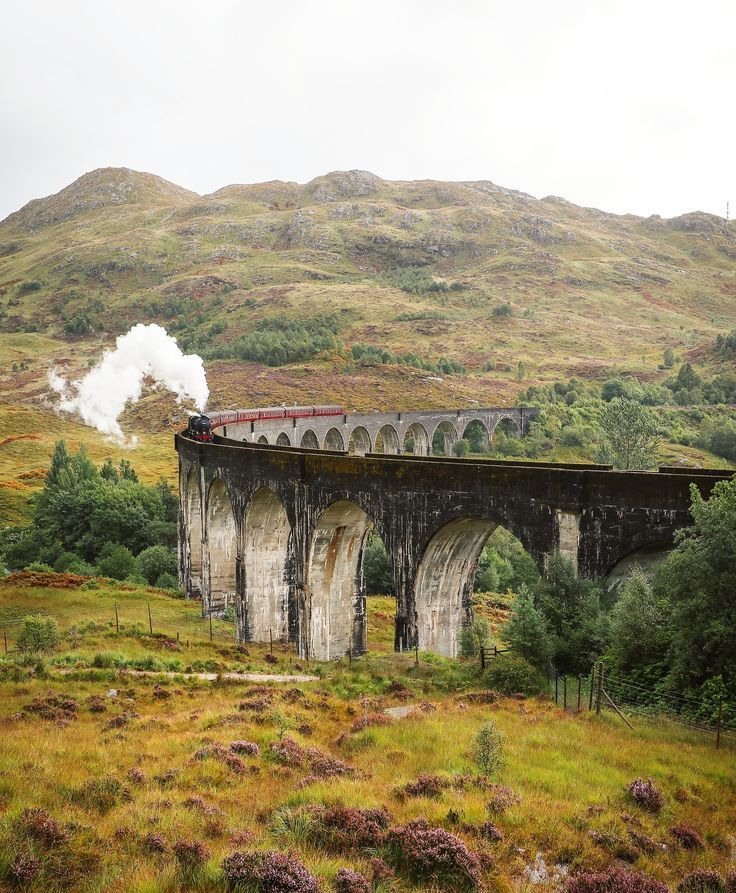 How to see the Hogwarts Express at Glenfinnan Viaduct #travelscotland