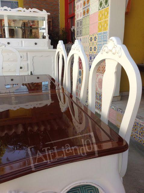 Ateliando - Customização de móveis antigos  Armário comideiro servindo de buffet, mesa antiga restaurada em duas cores e cadeiras desgastadas á moda provençal, tudo by Ateliando Vintage!