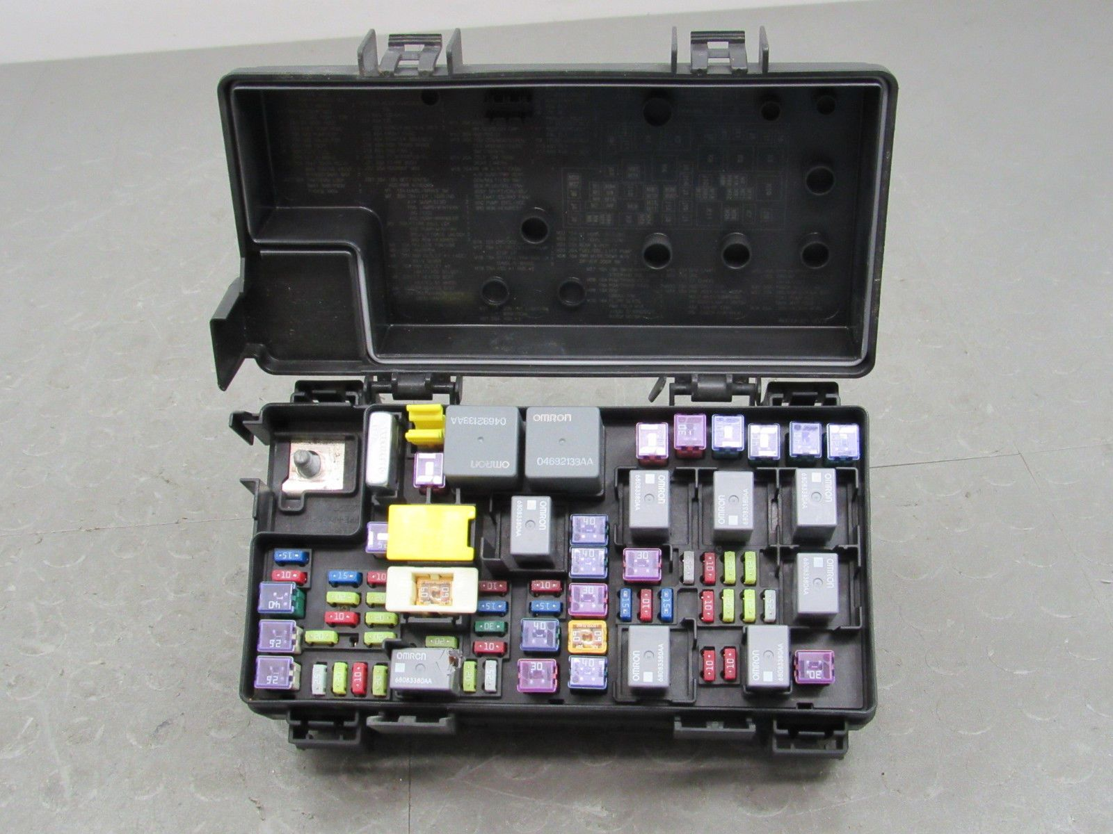 2012 dodge caravan fuse box 12 dodge caravan tipm integrated power module fuse box block  12 dodge caravan tipm integrated power
