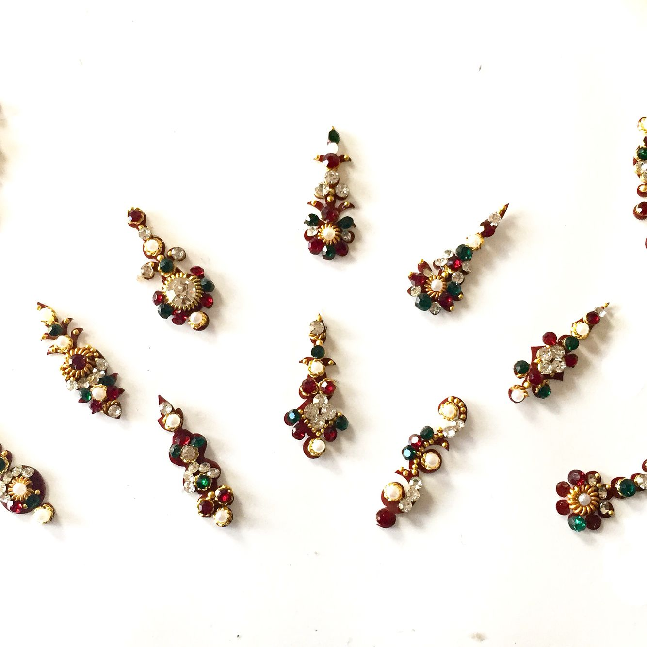 Bridal bindis and Wedding hair accessories for your Indian Wedding ...