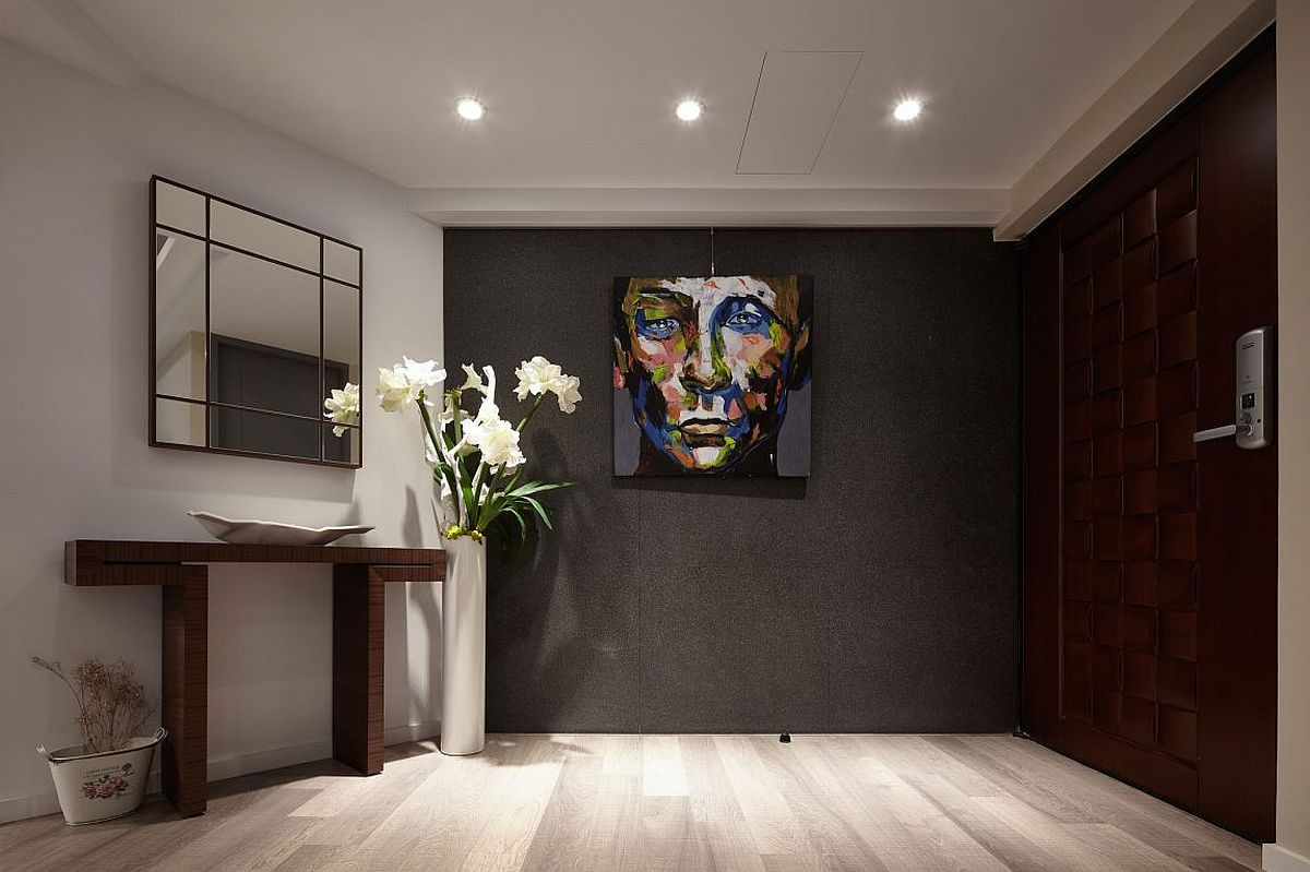 Dark And Dashing Entry Of The Renovated Apartment In Taipei Dark Sophistication Thirty Year Old Modern Apartment Design Old Apartments Small Apartment Design