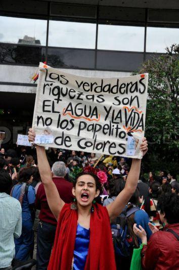 Argentina Demonstration Worldwide Demonstration Against Monsanto In Buenos Aires Evita Political Figures Seduction