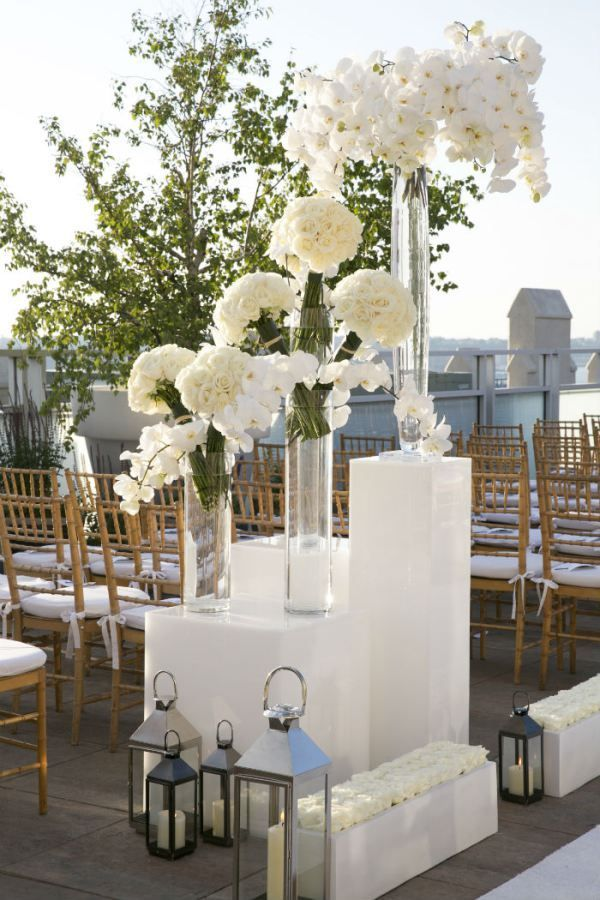 obcessed Wedding Flowers for La Venta - Mona and David 6/1/18 - decorar jarrones altos