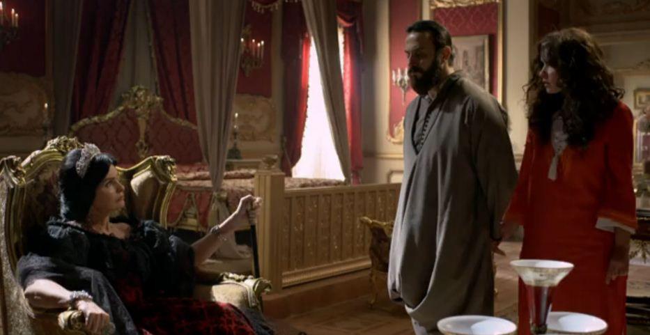 الحلقة 16 من #سرايا_عابدين كاملة للمشاهدة #خدع #قصي_خولي #خوليين #يسرا http://kosaikhauli.blogspot.com/2014/07/16.html