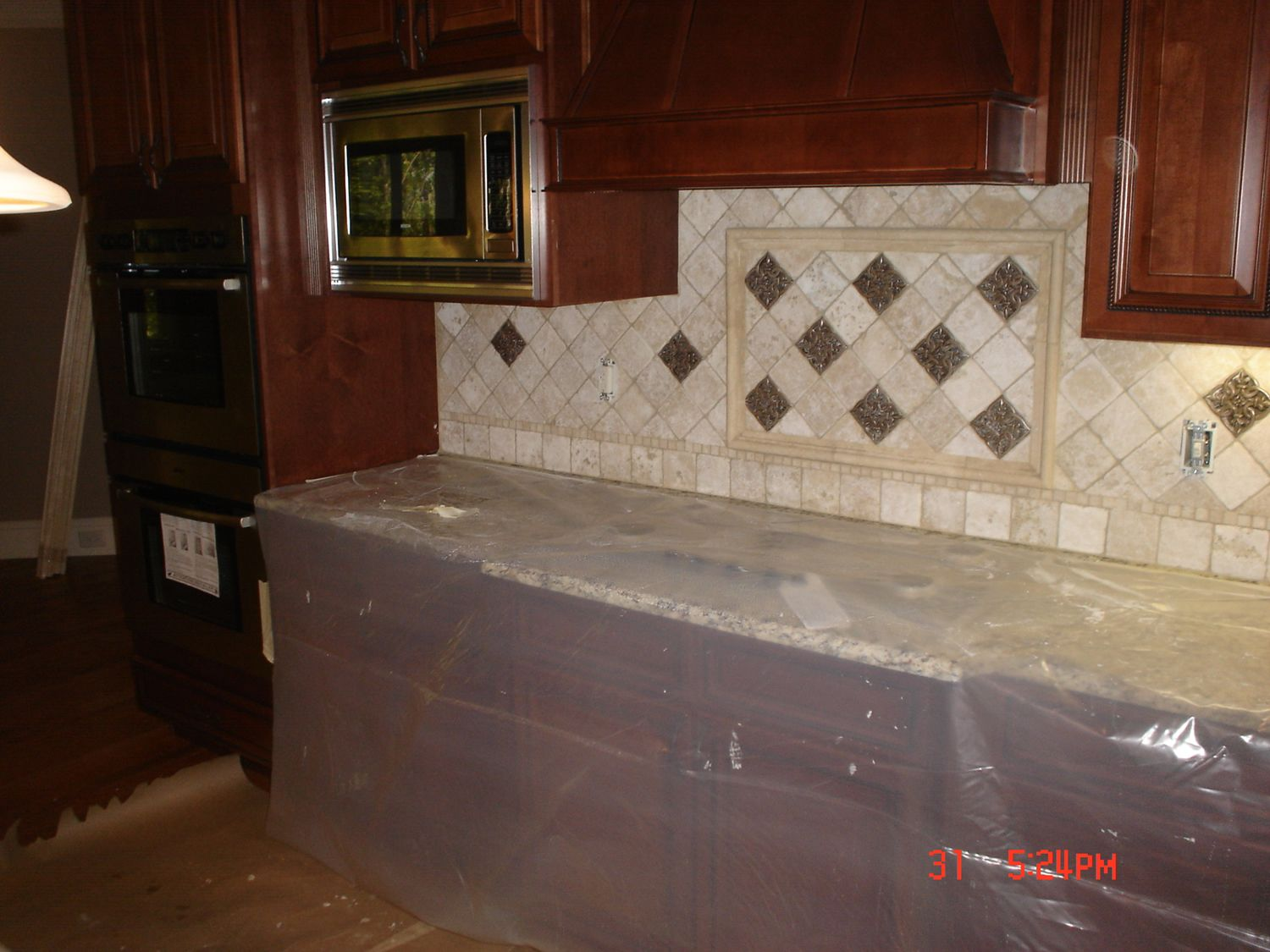 Kitchen travertine tile backsplash ideas kitchen tile backsplash installation in atlanta ga - Backsplash designs travertine ...