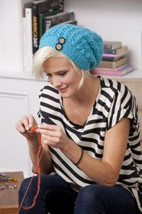 urban revival slouchie beanie... making it!  love the cute buttons also : )