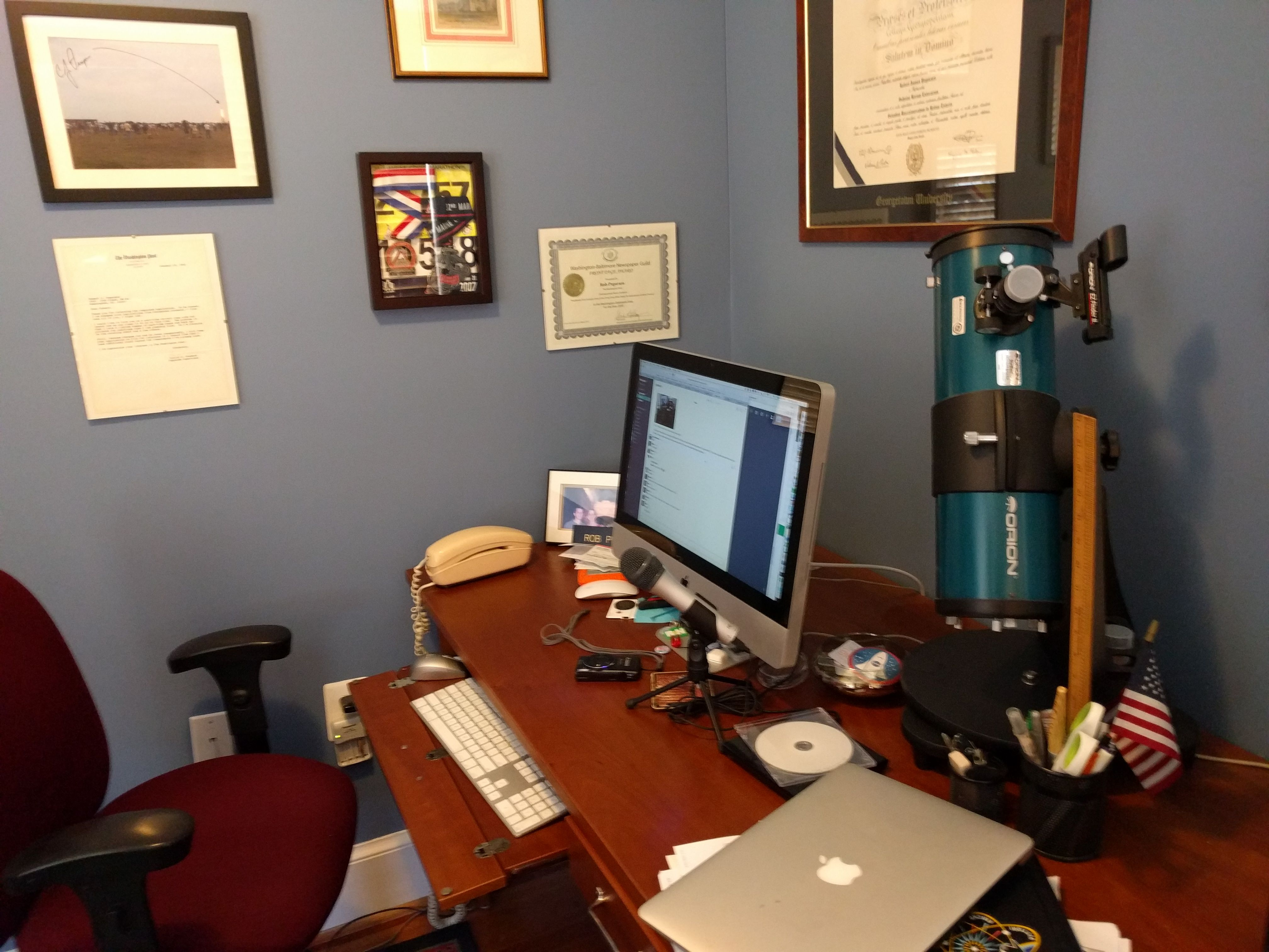 The Best Tech And Apps For Your Home Office Home Office Office Setup Home