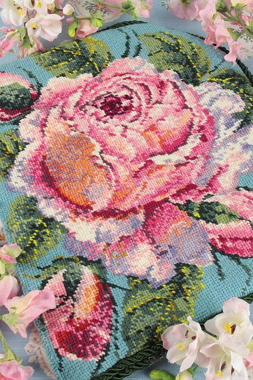 Vintage home cabbage rose cushion id es pour la maison - Comment enlever de la tapisserie facilement ...