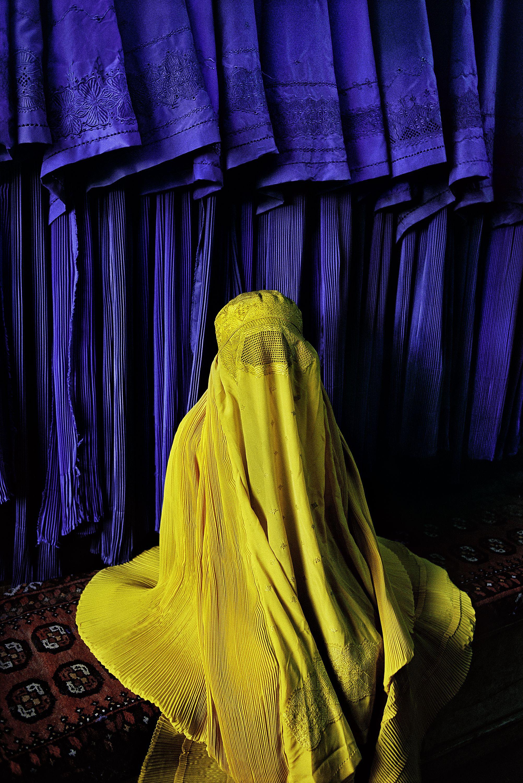 Colors Of Afghanistan Steve Mccurry Steve Mccurry Photos Steve Mc