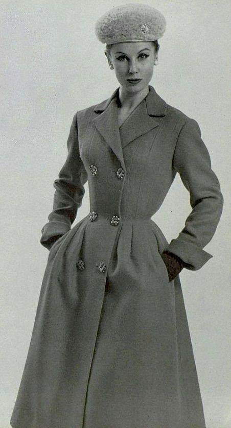 1957 designer Madeleine Vramant
