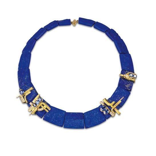 Collier Archipel Thierry Vendôme en or jaune, saphirs, diamants et lapis lazuli. Pièce unique.