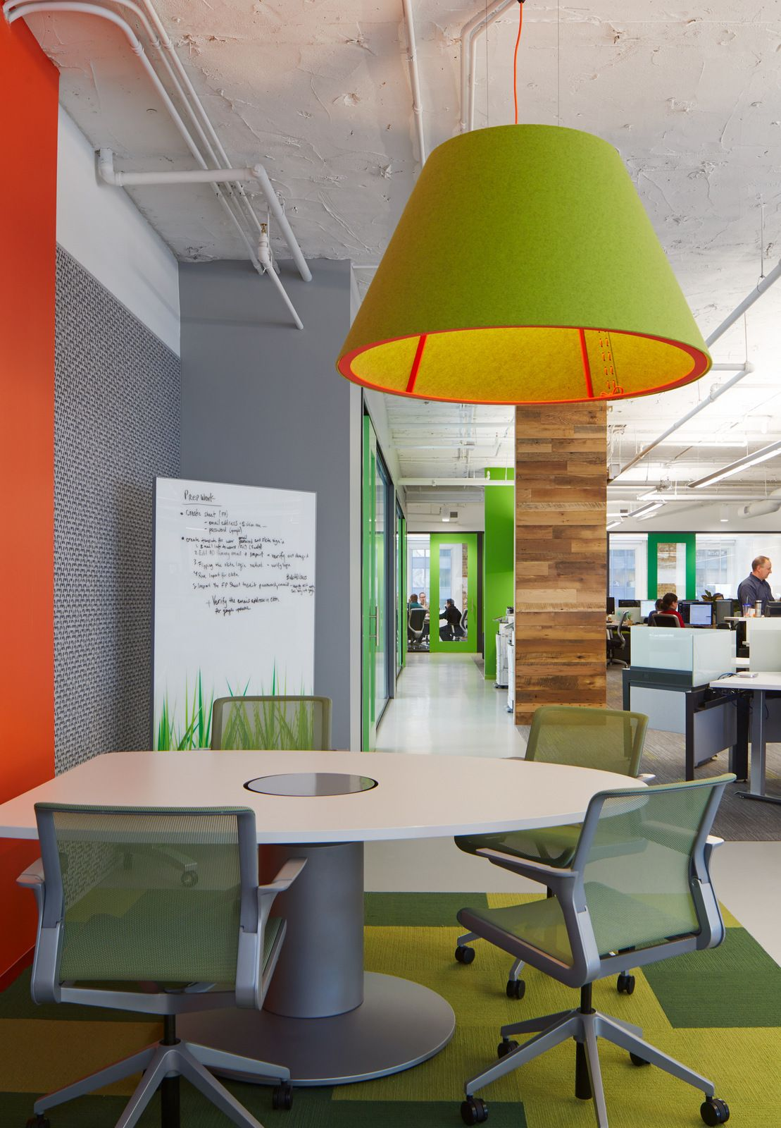 Office Tour: Cision – Chicago Offices | Office designs, Exposed ...