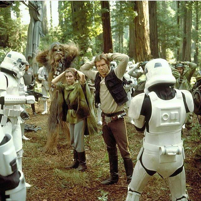 When the rebellian squad who was supposed to shut down the shield generator got captured. Unexpected help came from the ewoks! #StarWars