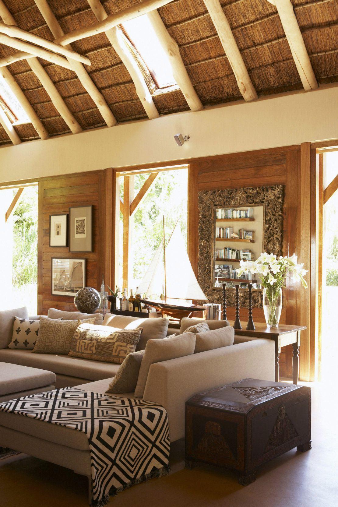 Una casa in stile safari soggiorno arredamento en 2019 for Arredamento casa stile africano