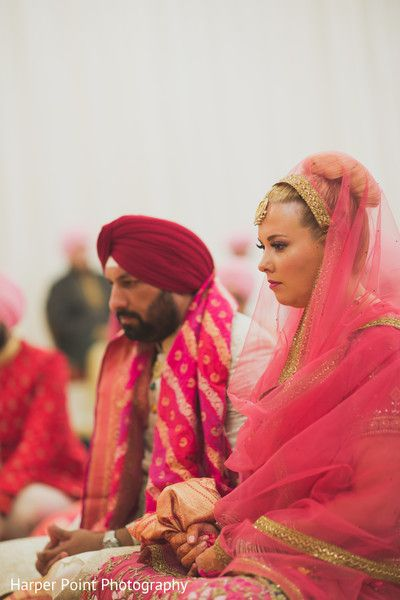 Sikh Ceremony http://www.maharaniweddings.com/gallery/photo/57887