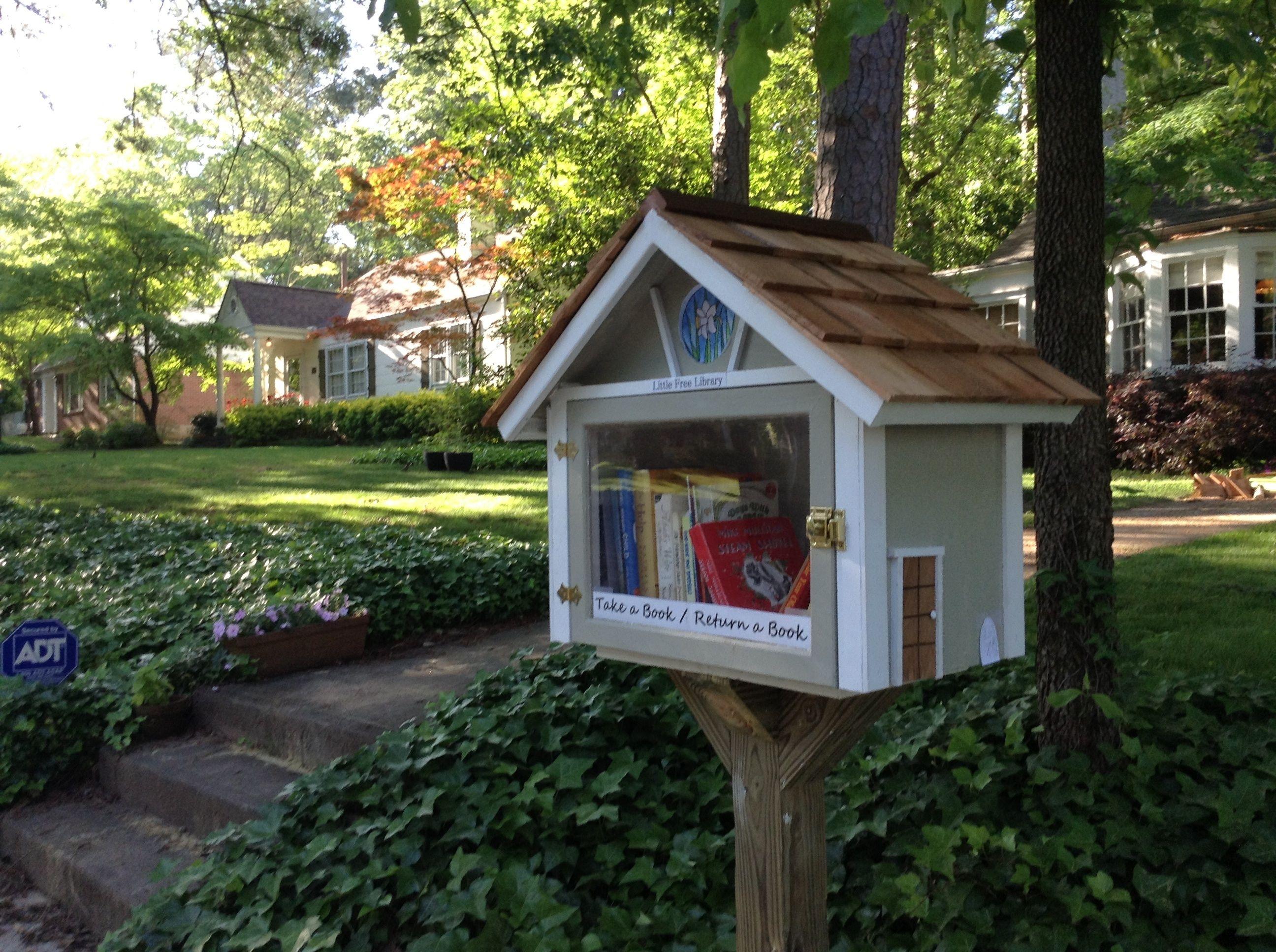 Russell Riediger College Park Ga Little Free Libraries Free Library Little Library