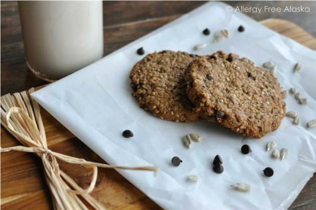 These look so good! Protein packed monster breakfast cookies! Gluten free, vegan