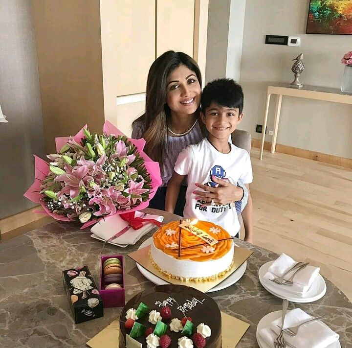 Shilpa Shetty celebrates her birthday with her family