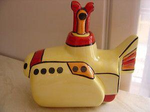 Yellow Submarine Teapot <3