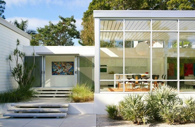 Explore Dream House Design, Modern Pools And More!