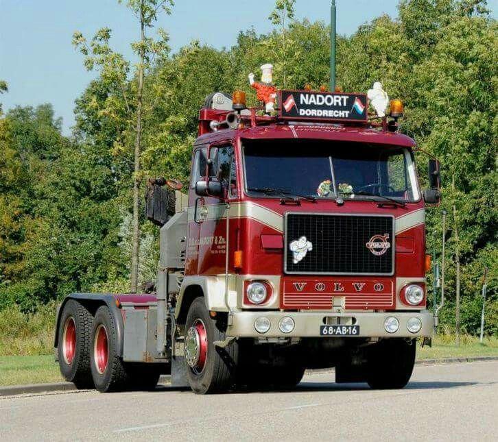 880 Volvo Trucks For Sale: Volvo F 89. LAAD&LOS. KRAAN