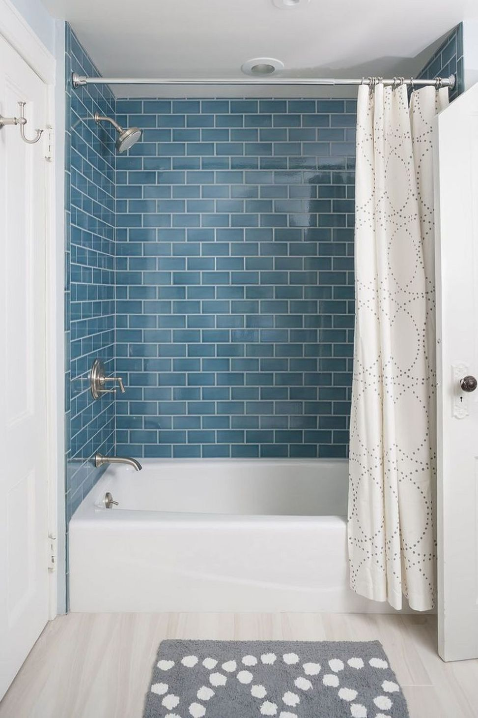 Enchanting Bathroom Shower Tile Ideas (33) | Tile ideas, Bath and House