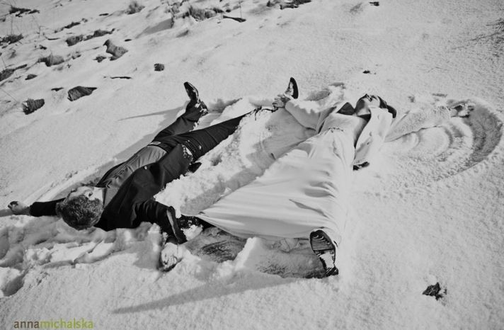 creating snow angels in your wedding gown & tux...cute idea for a winter wedding