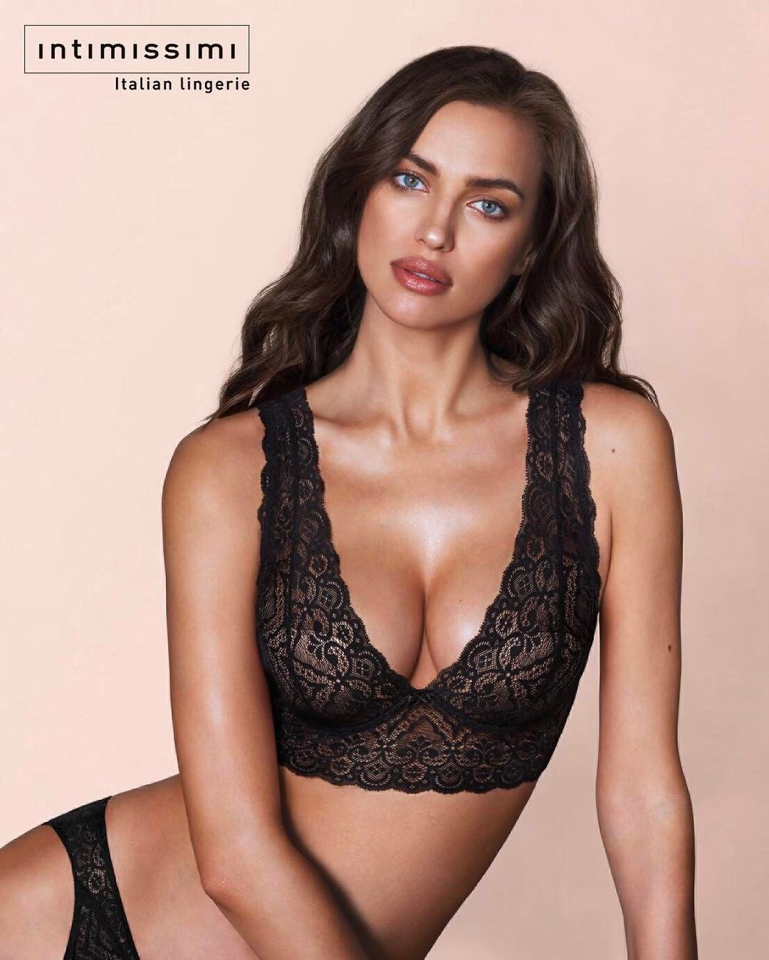 364001c5e6f94 Irina Shayk  Obsessed with my new  bralette.. Be beautiful