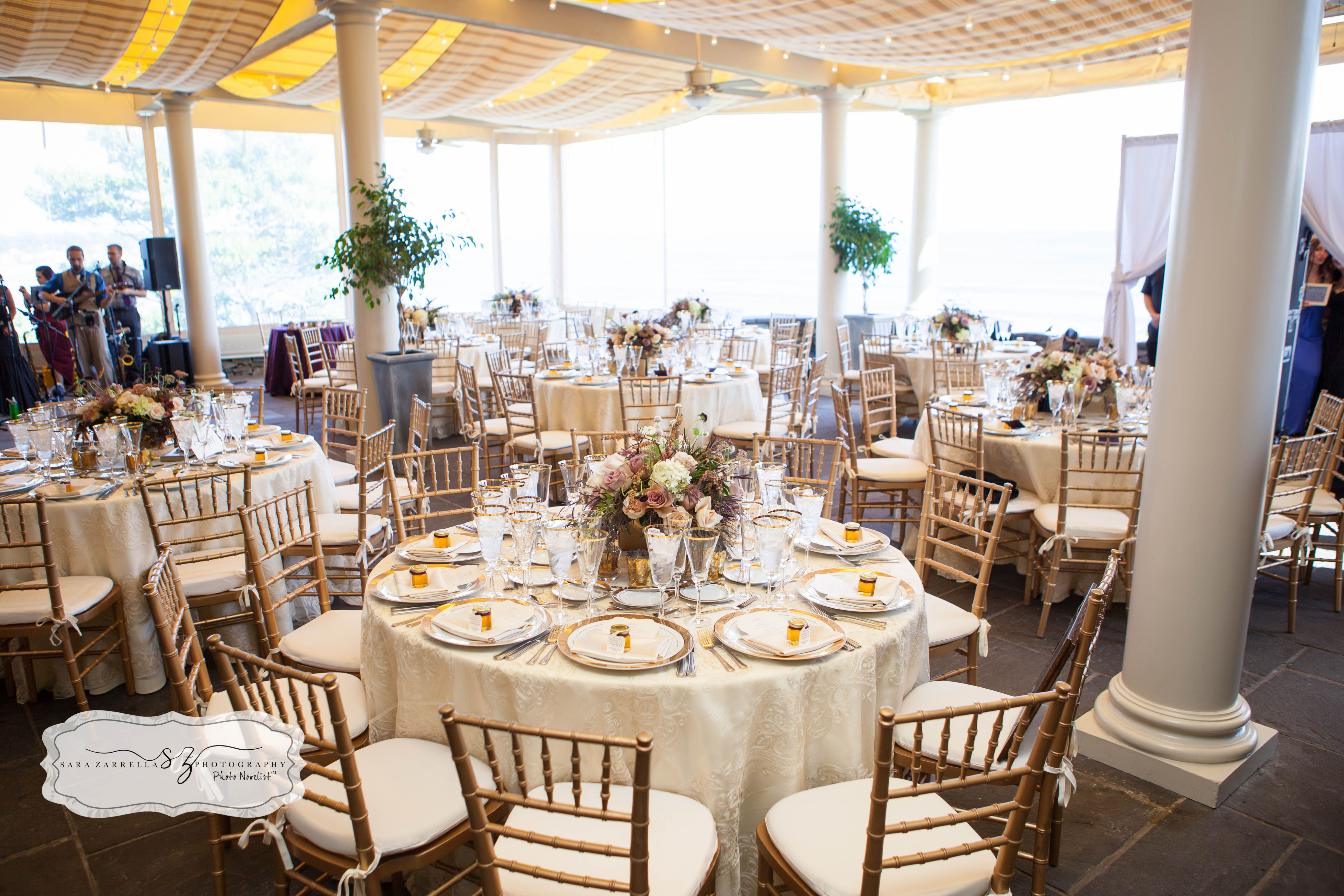 Pin By The Chanler At Cliff Walk On Terrace Wedding Summer Jessica Aj Photography By Sara Zarrella Newport Ri Wedding Rhode Island Wedding Storybook Wedding