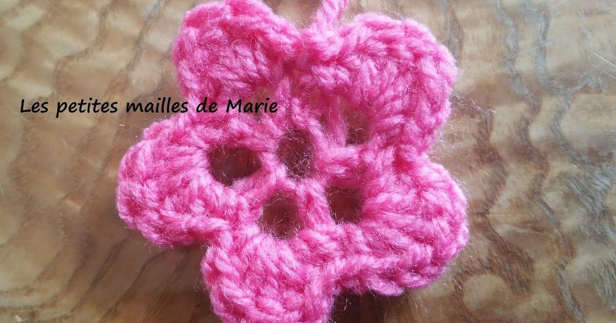Voici Les Explications Pas A Pas D Une Petite Fleur Au Crochet Tres