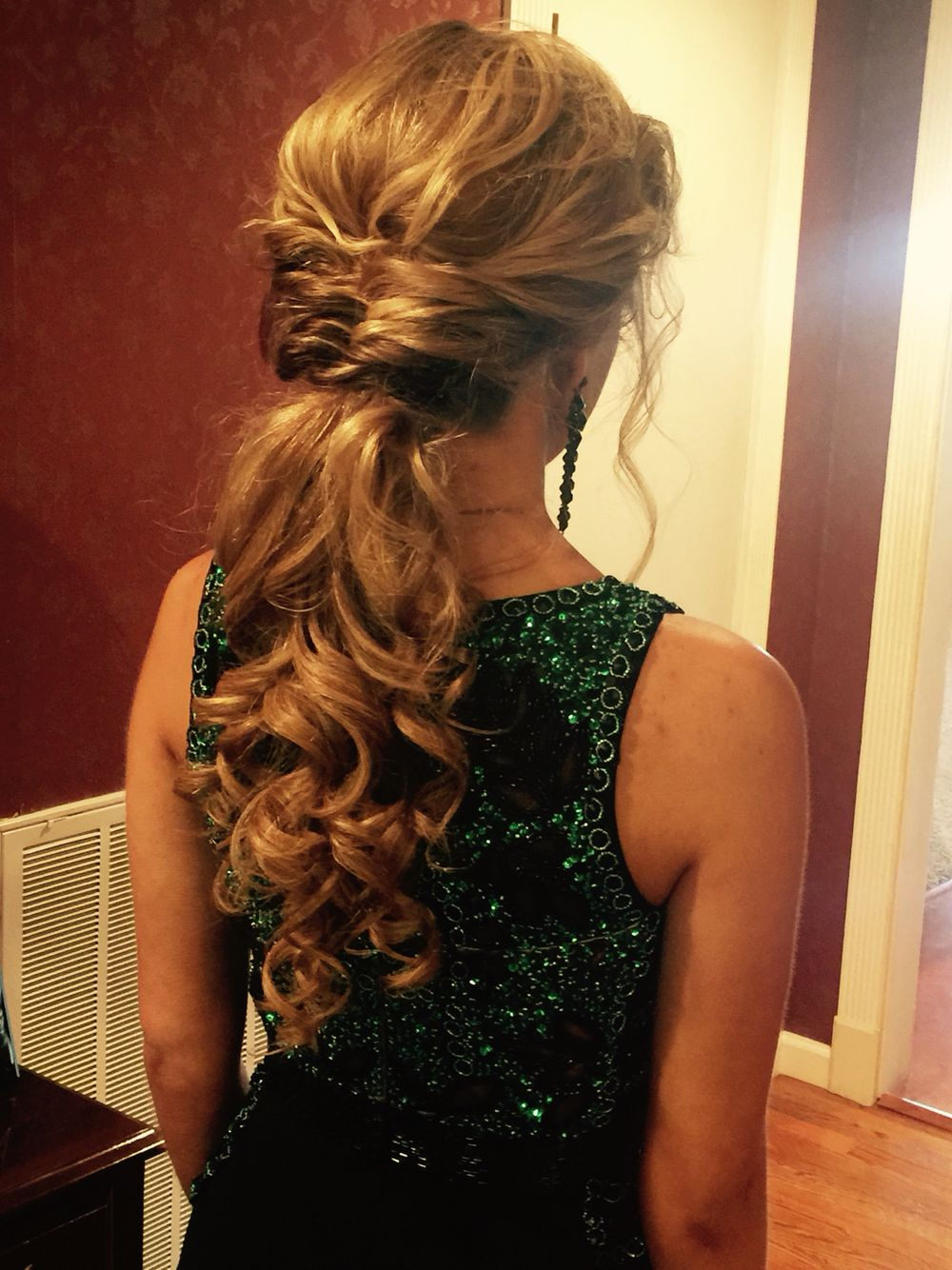low pony tail for prom #ponytail #hairstyle #prom #wedding