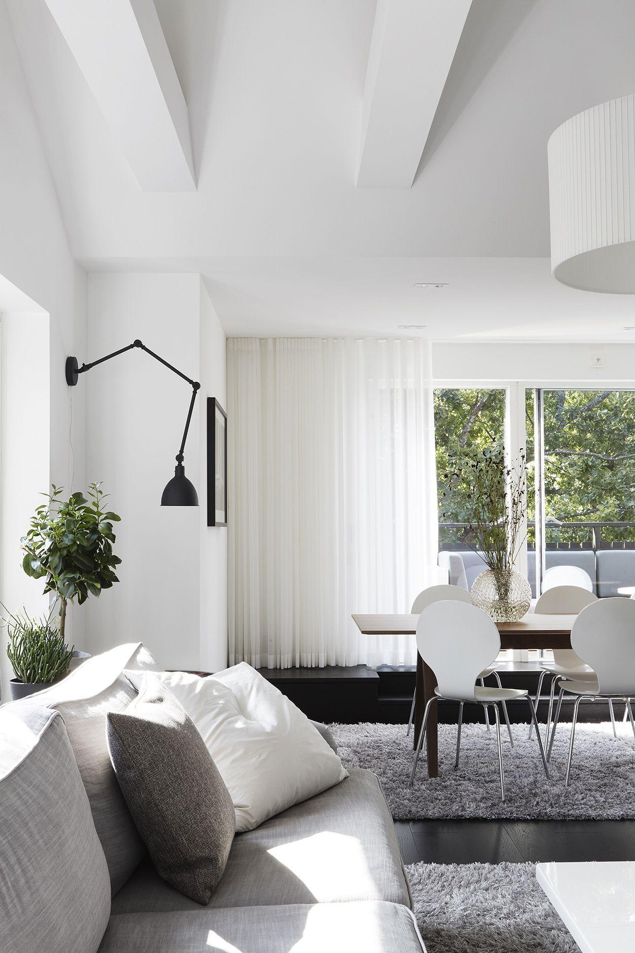 White scandinavian interior design. Vasavägen 29, Vindsetage ...