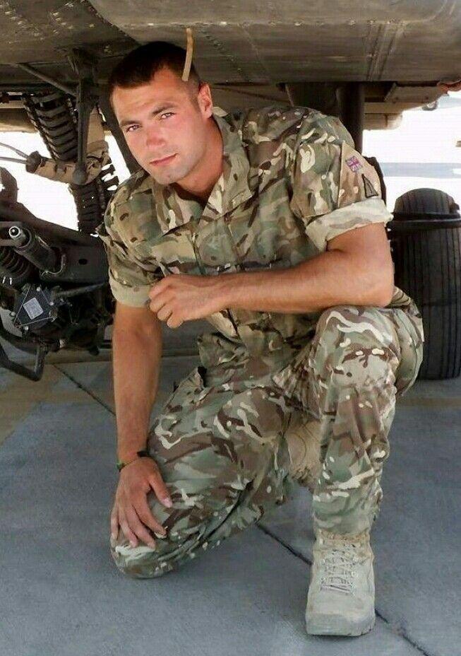 Каким цветом форма у военнослужащих спецназа фото считала себя
