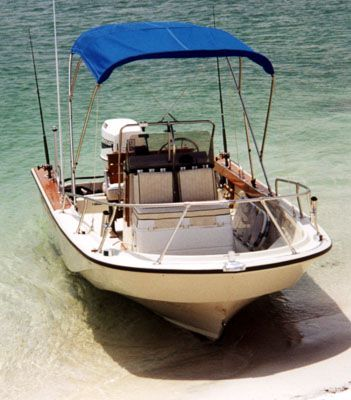 Photo: Whaler Outrage 18 on beach | boats | Boston whaler