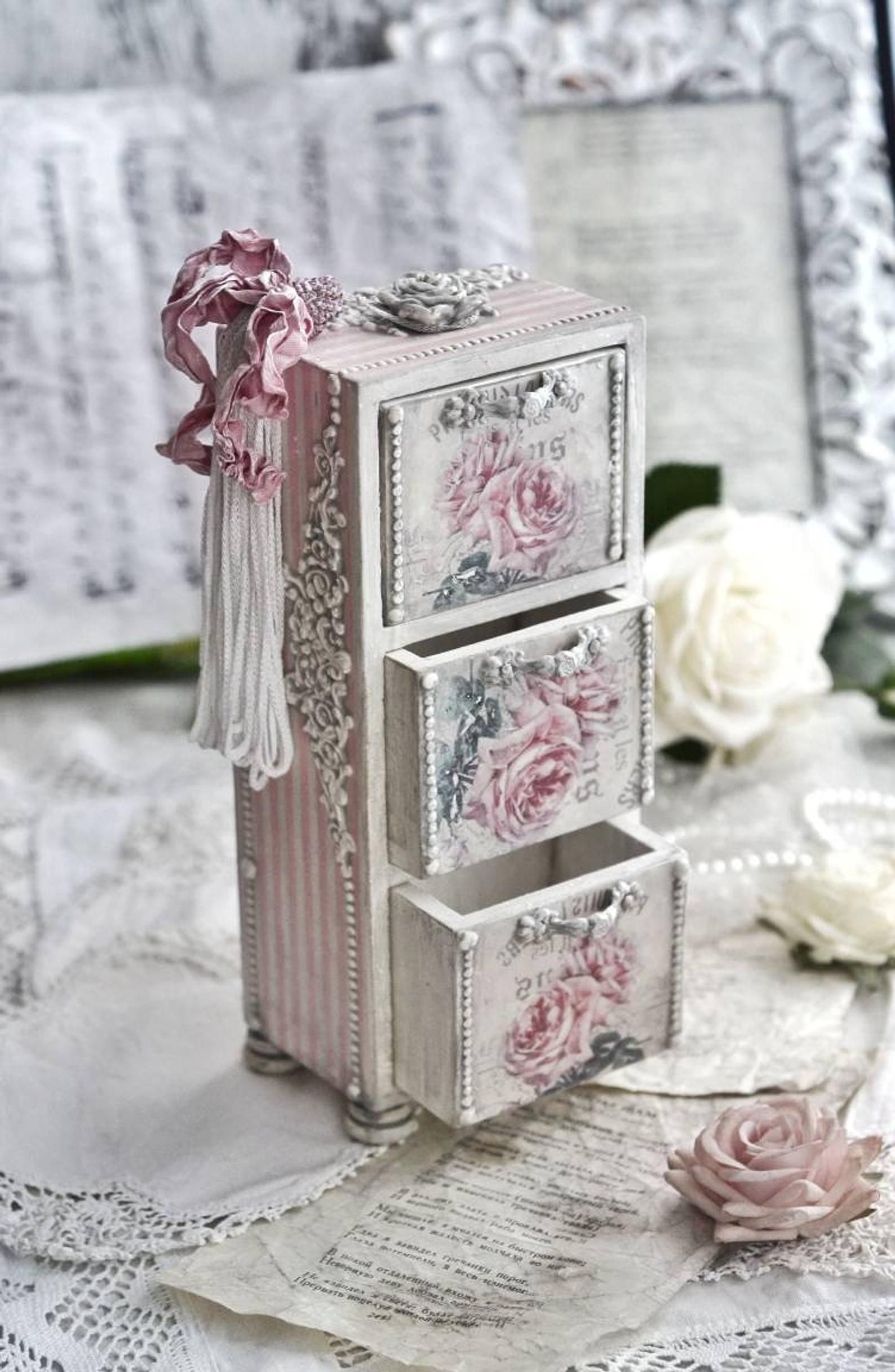 Small Shabby Chic Chest With Roses Antique Looking Doll Etsy