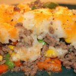 Easy Shepherds Pie - Kiddies Love This Dish! - Foodgasm Recipes #shepardspie